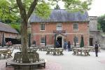 Spread Eagle Inn am Eingang zu den Gärten von Stourhead