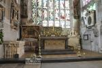 Holy Trinity Church: Main altar and the graves of William Shakespeare and his wife Anne