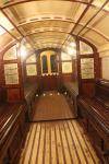 Wagen der alten Glasgow District Subway. Die U-Bahnwagen wurden durch einen Drahtseilmechanismus gezogen