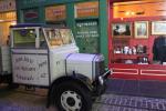 Straßenszene vor 100 Jahren, rekonstruiert im Riverside Museum in Glasgow