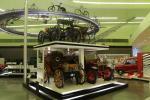 Das Riverside Museum in Glasgow besitzt eine große Sammlung an Autos, Rädern, Straßenbahnen, Lokomotiven und Booten
