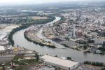 View from a helicopter over Frankfurt: New construction on the former Offenbach harbor island.